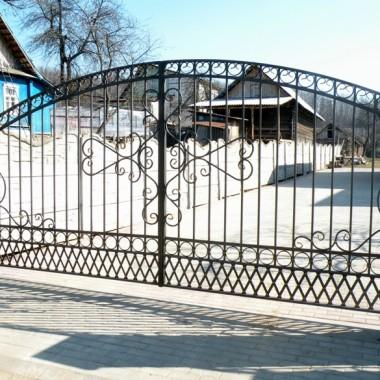 кованые ворота, распашные кованые ворота, кованые ворота минск